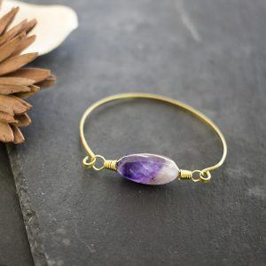armband-messing-amethyst-detail