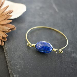 armband-messing-lapislazuli-detail